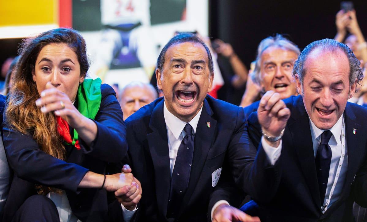 Milanon pormestari Giuseppe Sala ja aluejohtaja Luca Zaia riemastuvat.