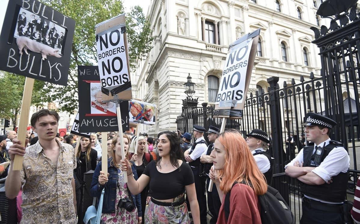 Mielenosoitus Lontoossa Brexitiä vastaan