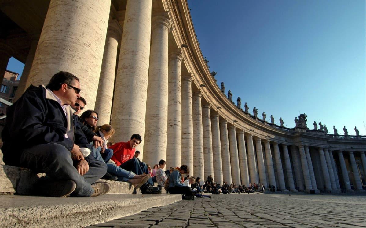 Pietarinkirkon aukio Roomassa