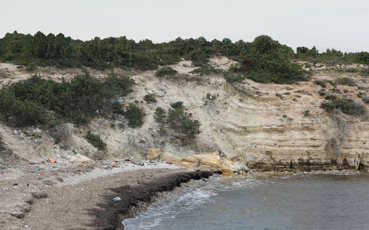 Turkin rantaa, josta pakolaiset lähteneet.