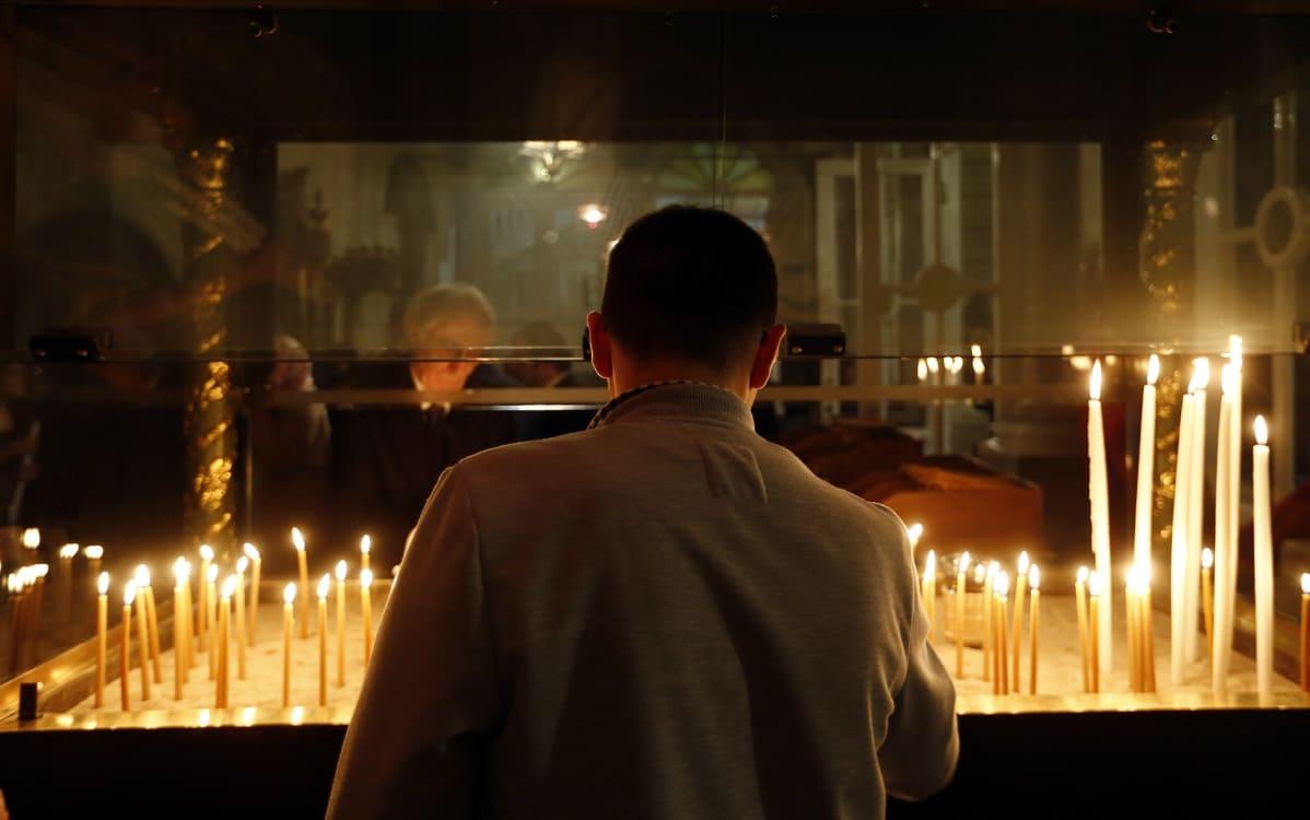 Turkkilaiset ortodoksit osallistuivat pääsiäisseremoniaan