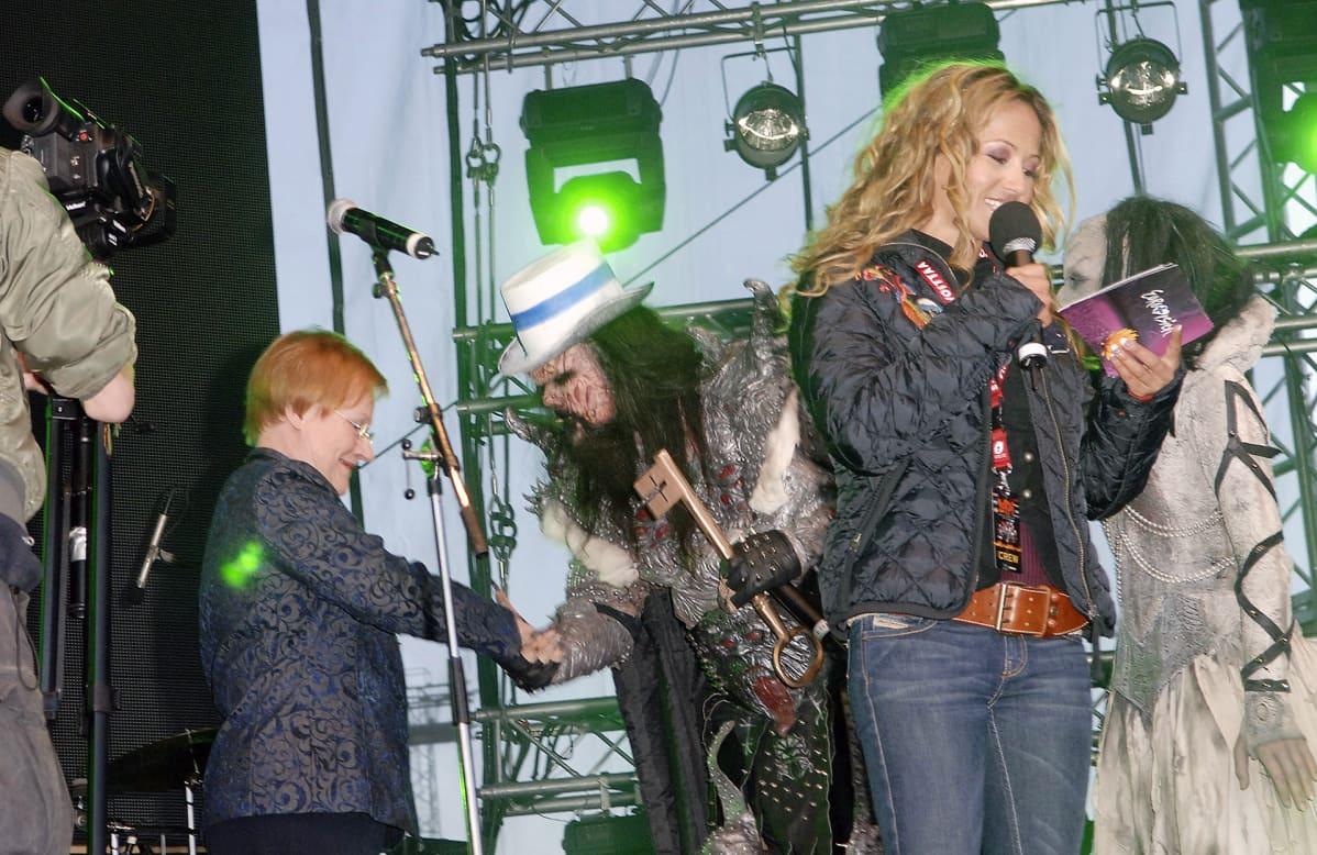 Lordin Euroviisdujen 2006 voitonjuhla Helsingin Senaatintorilla.