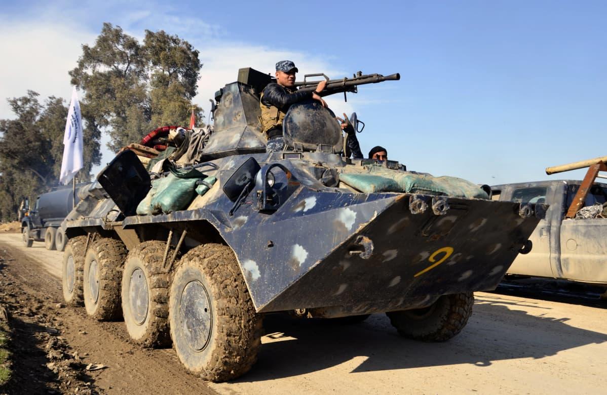 Irakin poliisin joukot Länsi-Mosulissa.