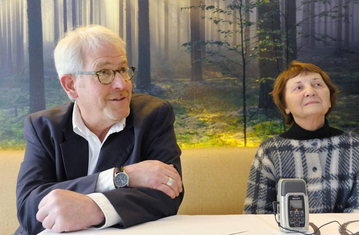 Tim Tate ja Ingrid von Oelhafen.