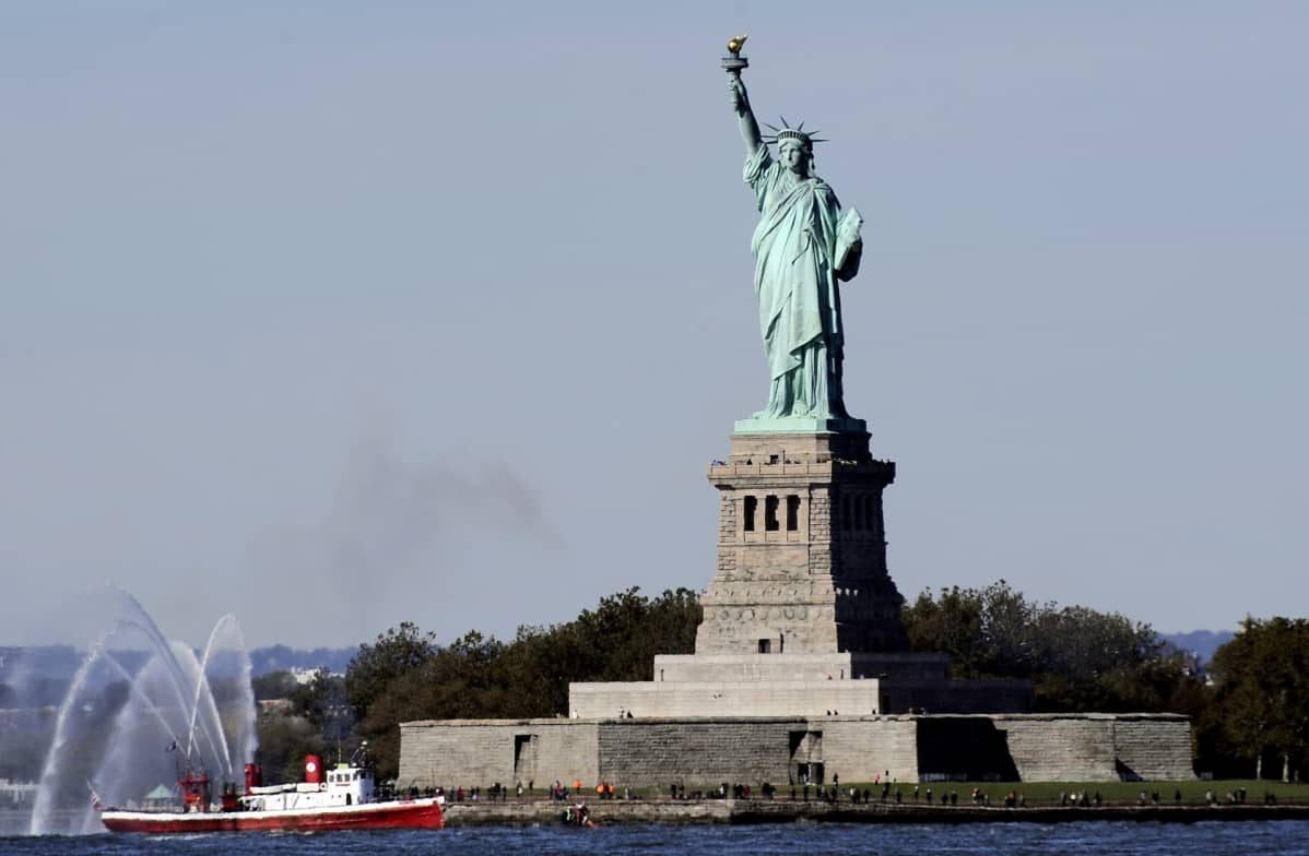 Vapaudenpatsas Liberty Islandilla New Yorkissa.