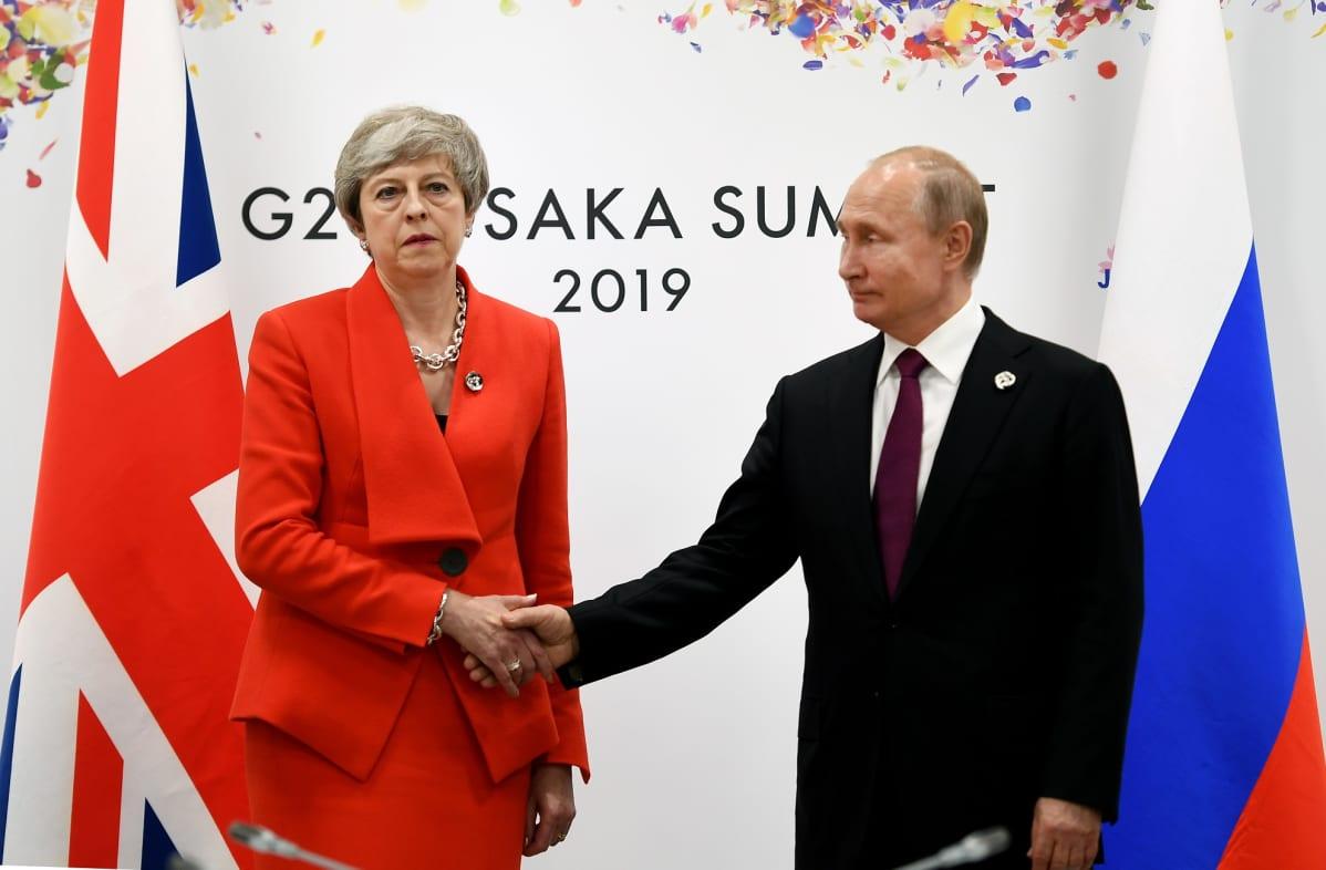 Britannian pääministeri Theresa May ja Venäjän presidentti Vladimir Putin kohtasivat G20-maiden kokouksen yhteydessä Japanin Osakassa.