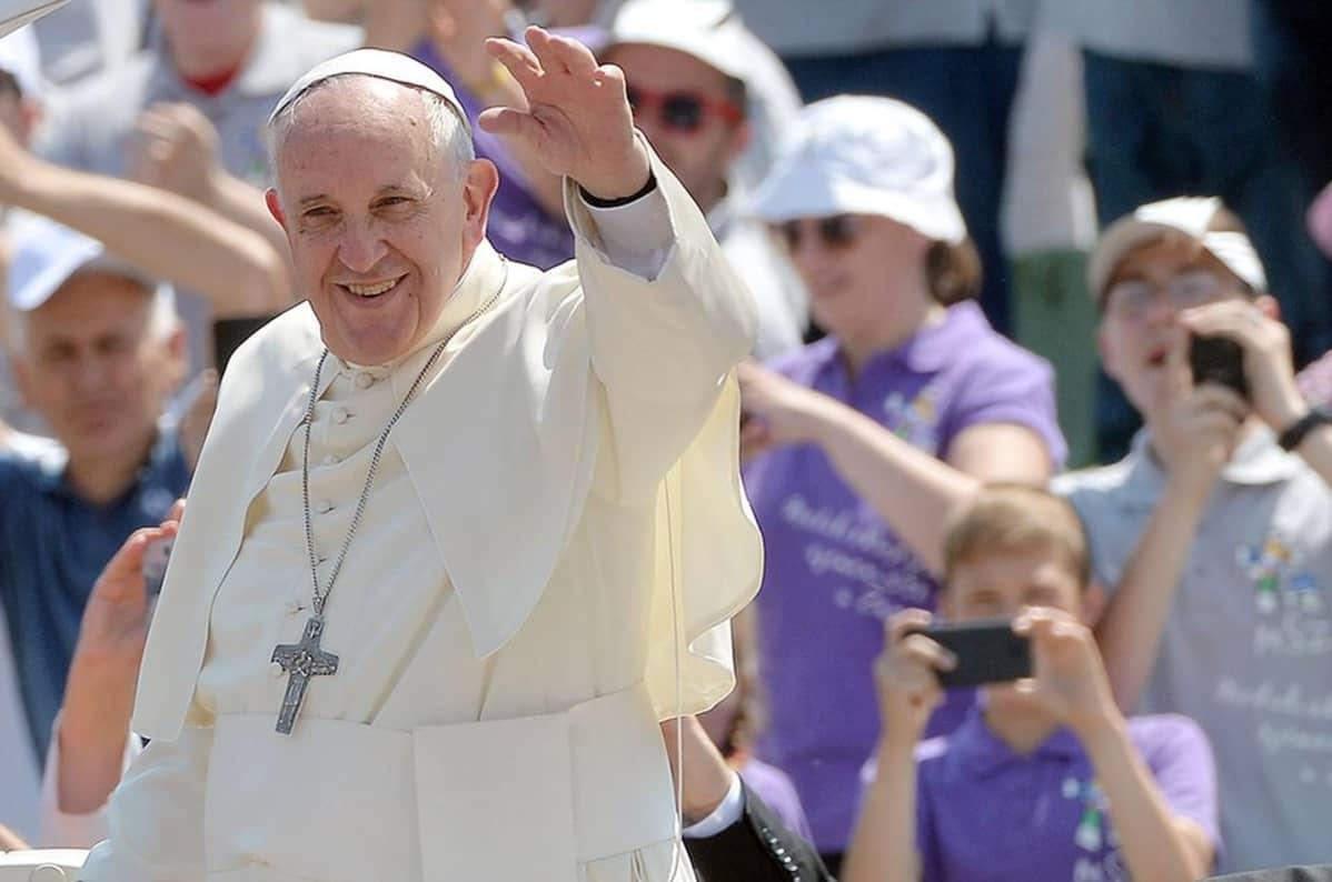 Paavi Franciscus Sarajevossa.