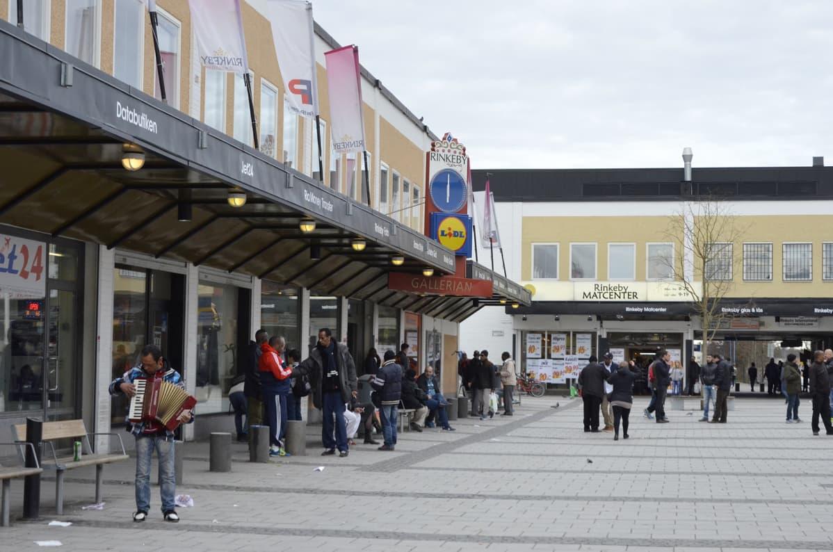 Rinkeby on yksi Tukholman lähiöistä.