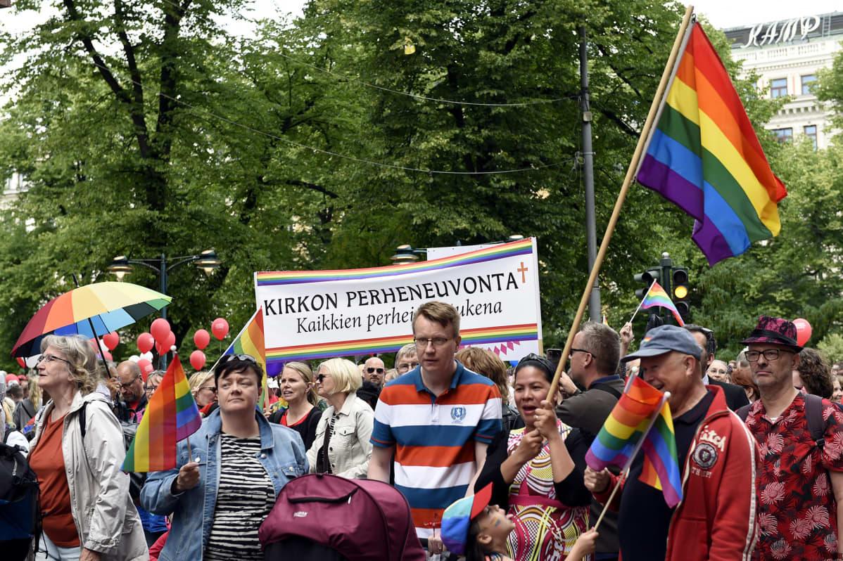 Helsinki Pride 2019 -kulkue Helsingissä 29. kesäkuuta 2019.