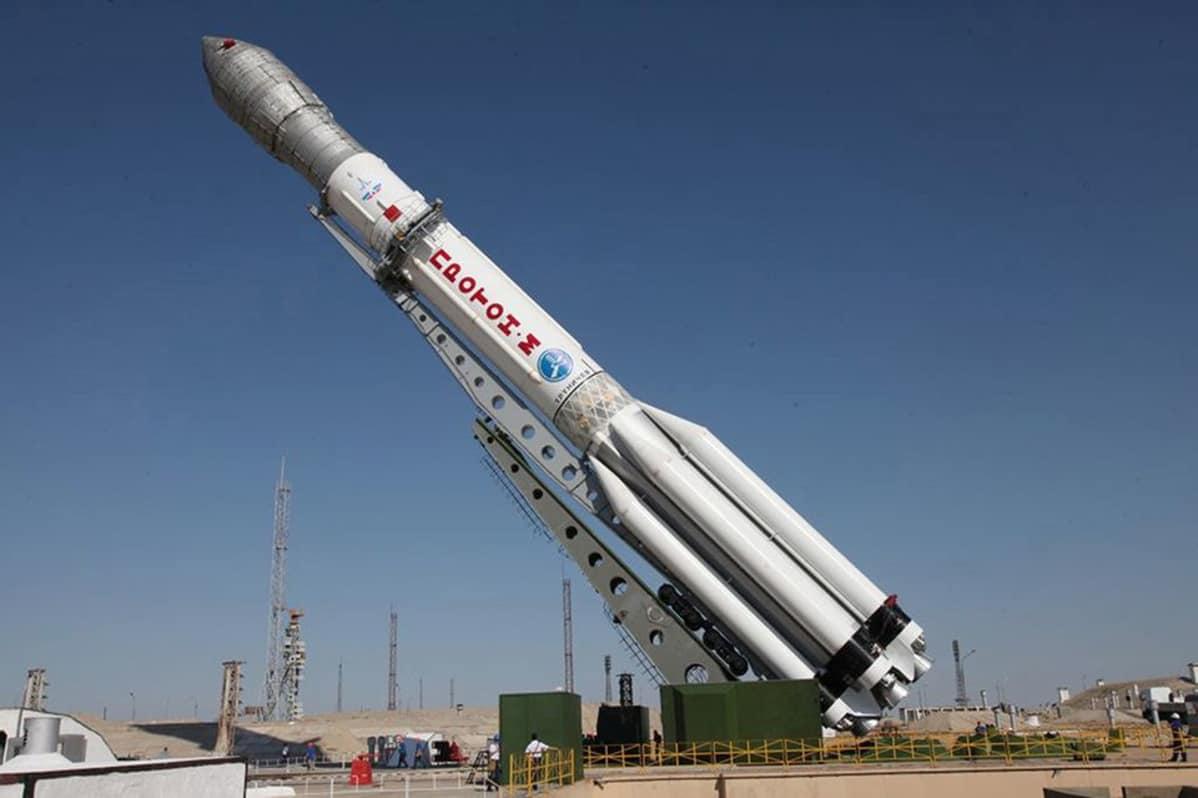 Proton-M tyypin kantoraketti Baikonurin avaruuskeskuksessa kesäkuussa 2013.