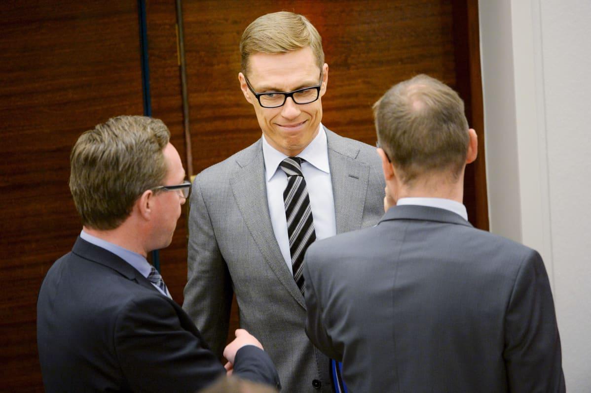 Valtiovarainministeri Alexander Stubb eduskunnan täysistunnossa 16. kesäkuuta.