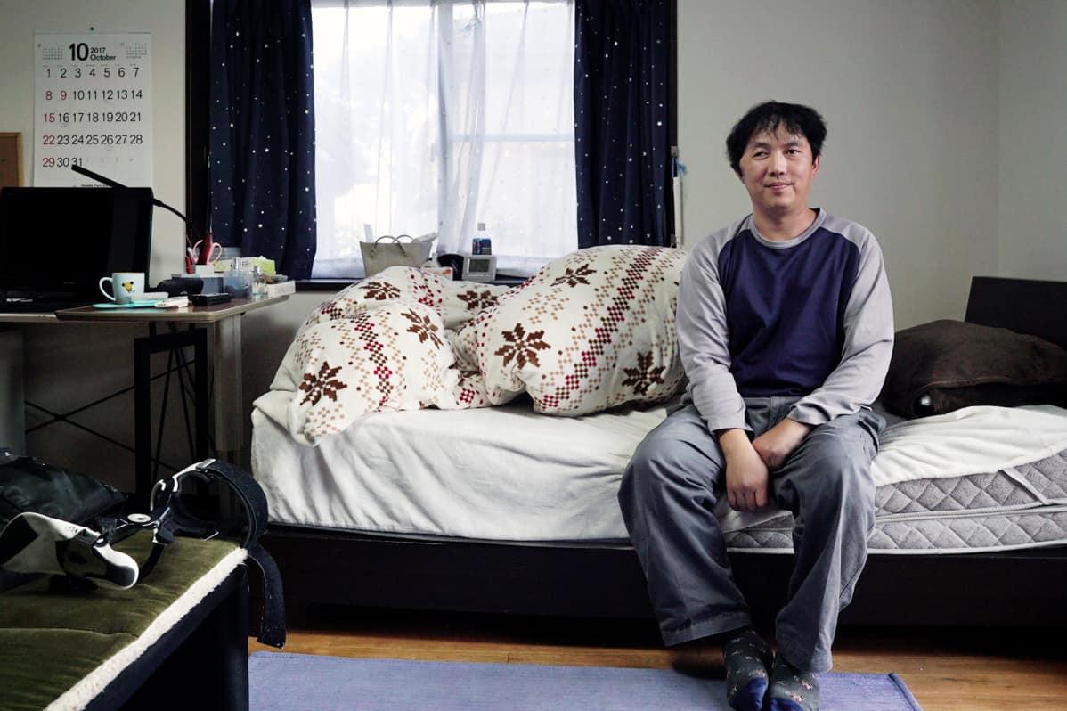 Tomoyuki Hayakawa