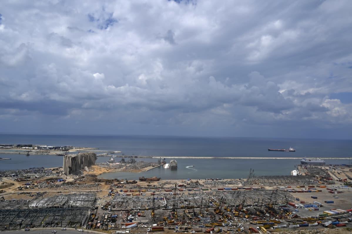 Räjähdystuhoja Beirutin satamassa