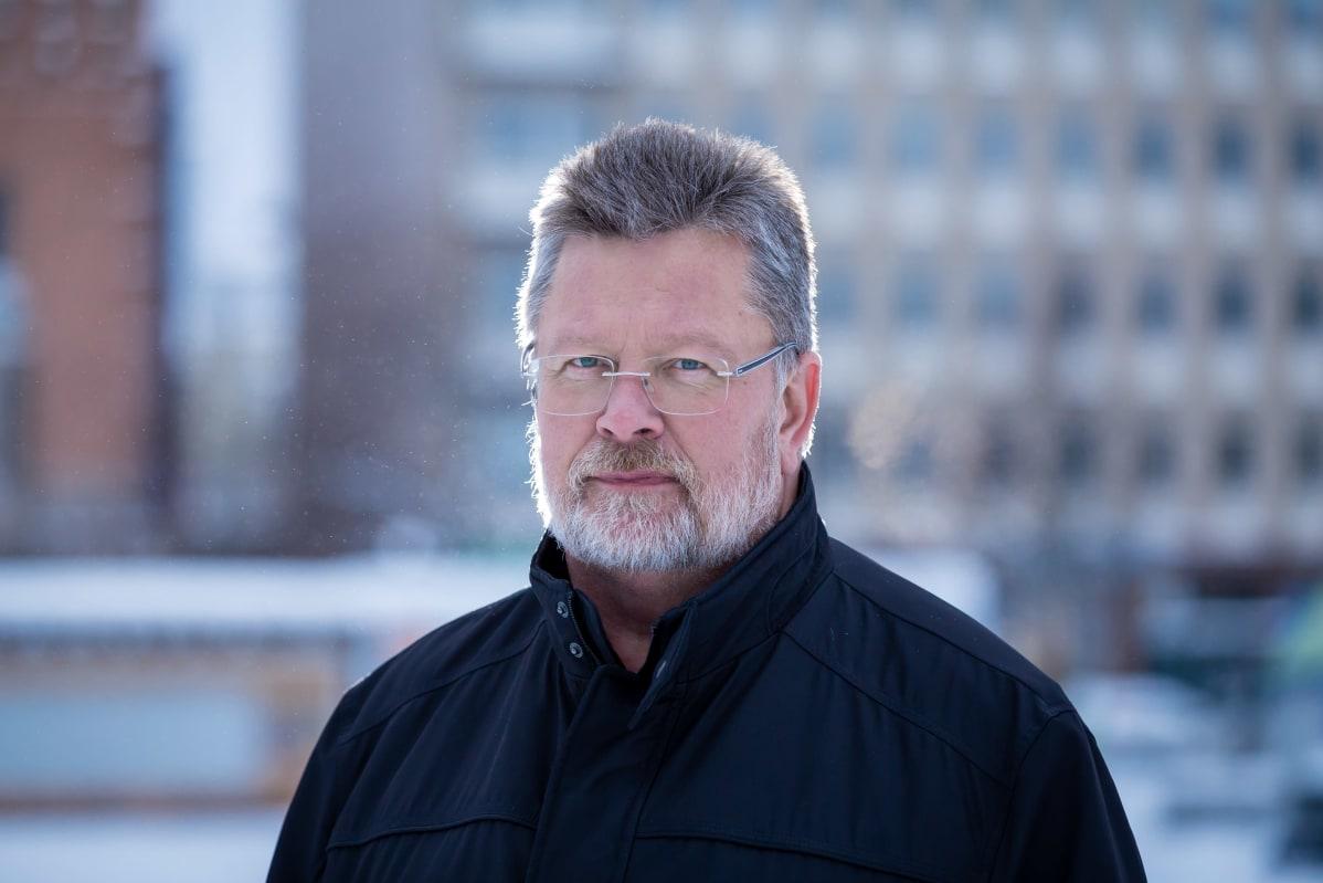 Hallintoylilääkäri Mikko valkonen