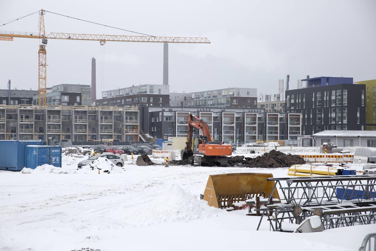 Rakennustyömaa Helsingin Jätkäsaaressa.