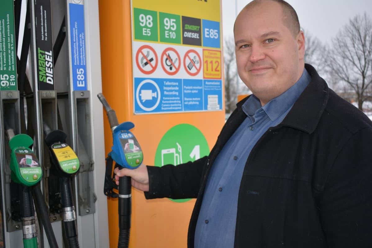 Liikenneturvan yhteyspäällikkö Tapio Heiskanen