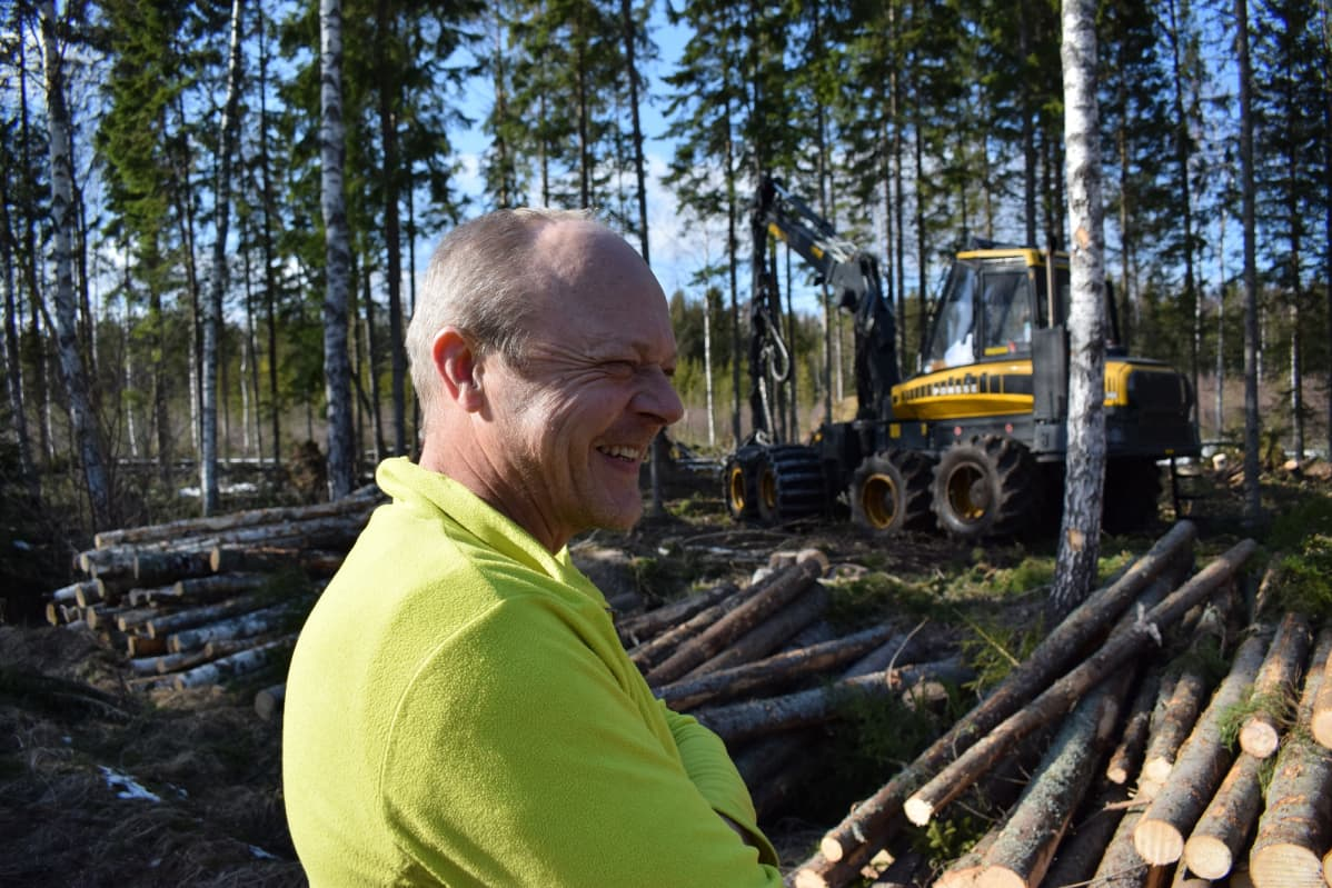 Simo Lohi, metsäkonekuski
