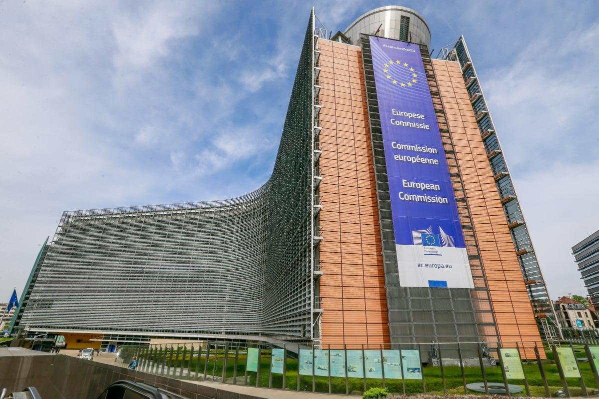Euroopan komissioon hakeudutaan töihin yleensä verrattain nuorena.
