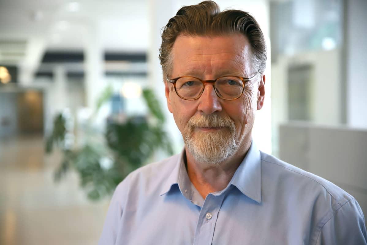 Turun yliopiston professori Erno Lehtinen