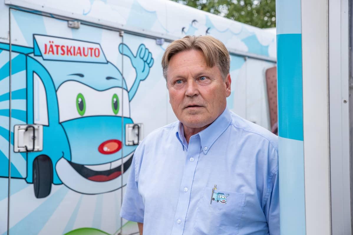 Suomen Jätskiauto Oy:n toimitusjohtaja Veijo Laitinen.