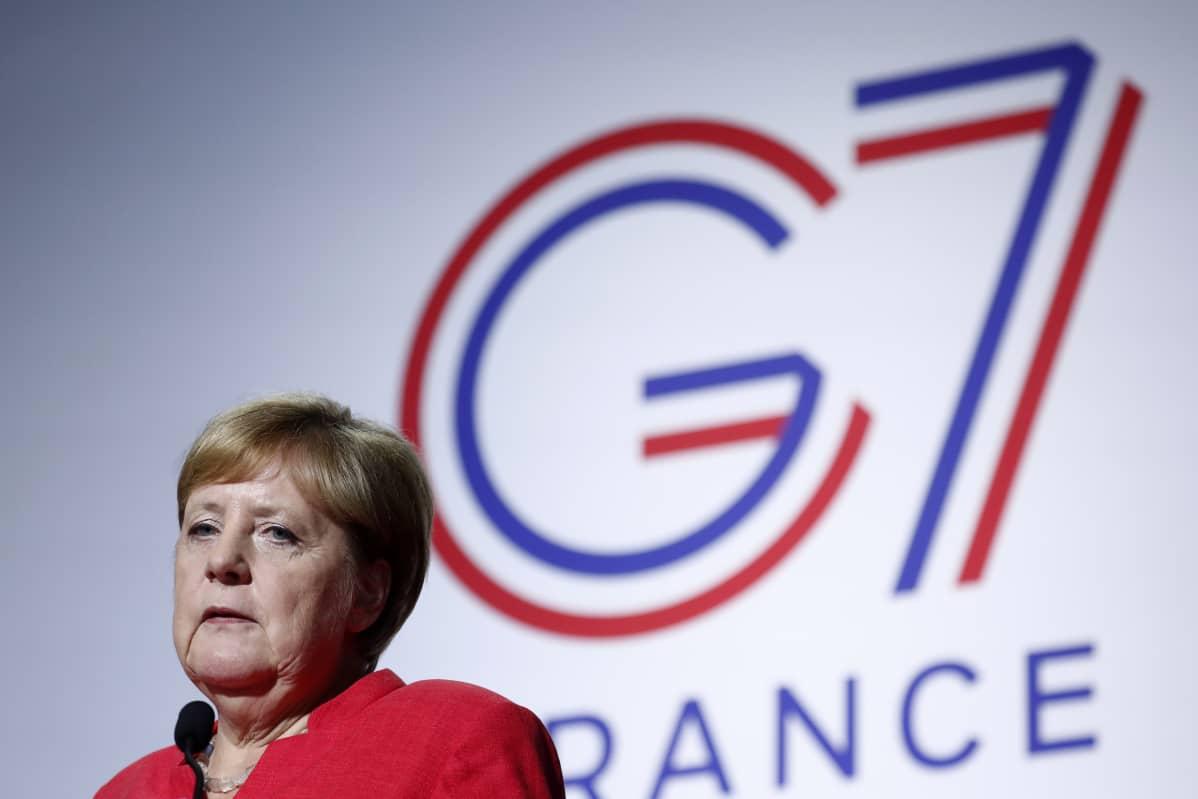 Saksan liittokansleri Angela Merkel puhui G7 kokouksessa sunnuntaina.