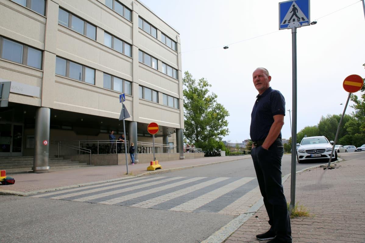 Juha Rautaheimo teki Helsingin poliisilaitoksella yli 40-vuotisen työuran.