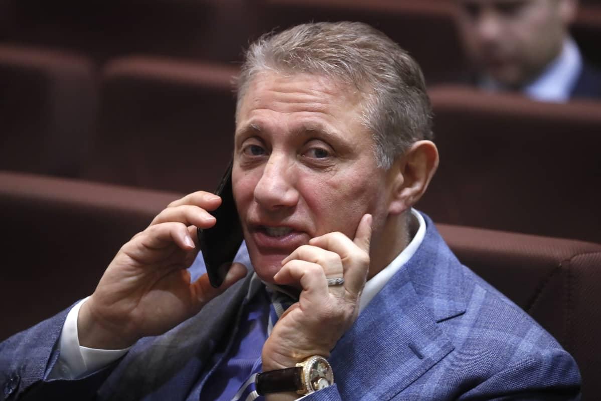 Miljardööri Boris Rotenberg kuvattuna viime joulukuussa Venäjän Olympiakomitean vuosittaisessa tapaamisessa.