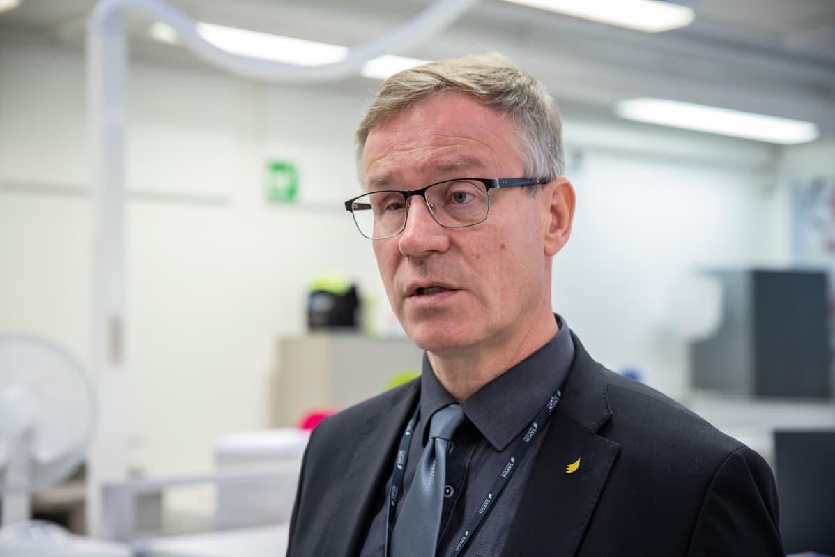 Koulutuskuntayhtymän johtaja Heikki Helve.
