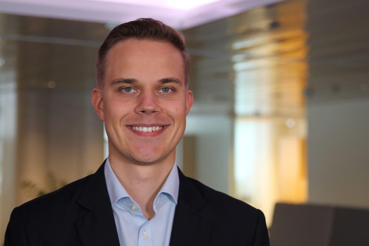 Graafisen Teollisuuden liittojohtaja Elias Erämaja.