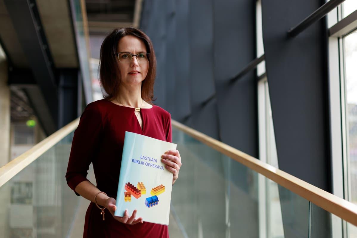 – Lastentarhanopettajat kokevat, että uusi opetussuunnitelma väheksyy heidän ammattitaitoaan, kertoo Tallinnan yliopiston kasvatustieteellisen instituutin johtaja Tiia Õun.