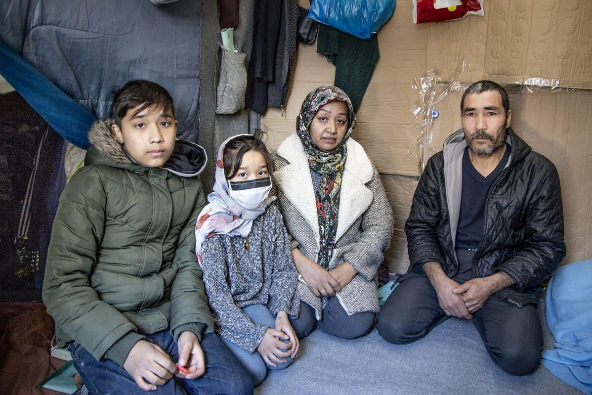 Ahmadin perhe
