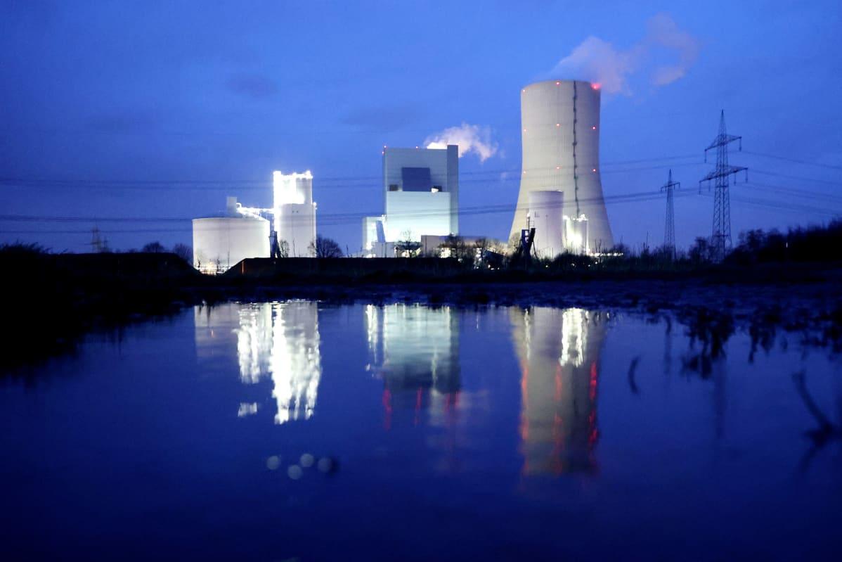 Hiilivoimala Saksan Dattelnissa.