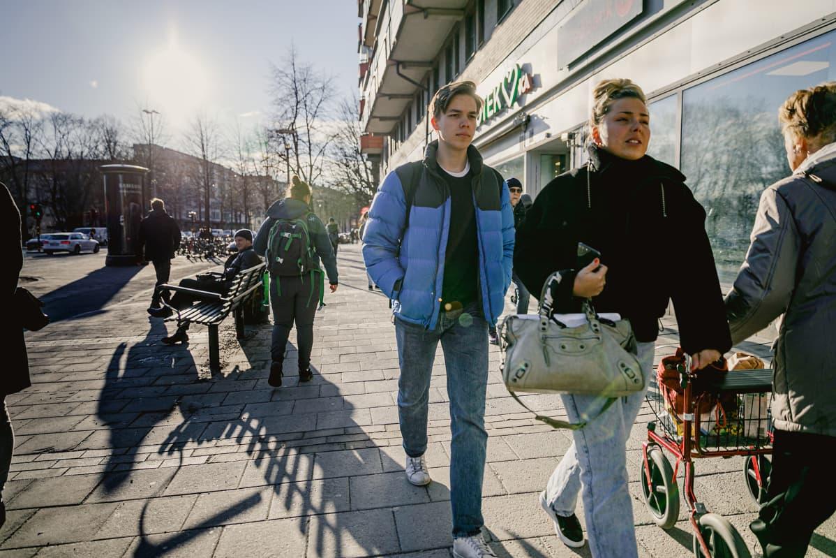 Katunäkymä Ruotsista.