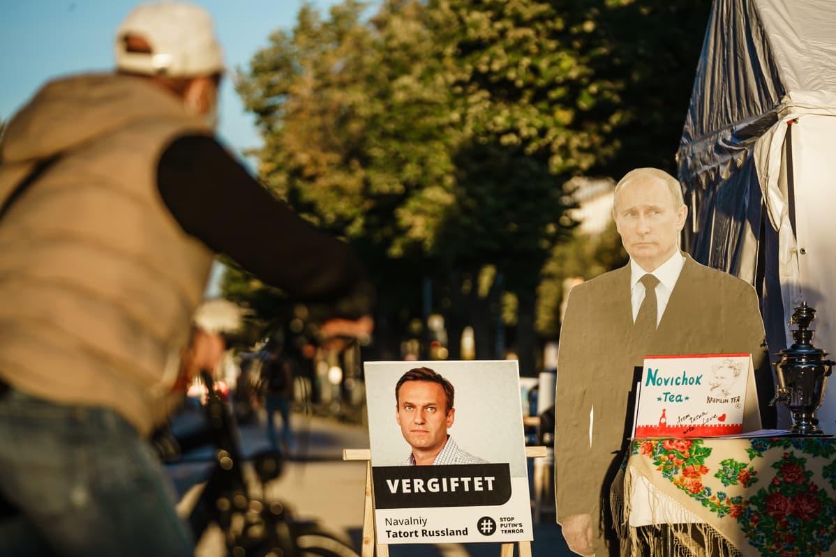 Kuvassa on Venäjän lähetystö Berliinissä.