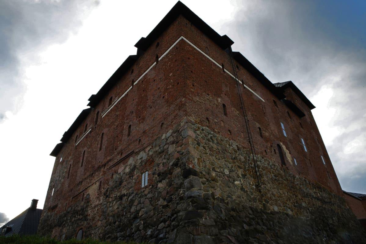 Kuvassa Hämeen linna