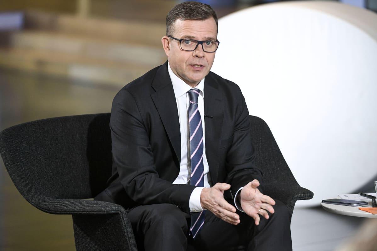 Petteri Orpo Iltalehden puheenjohtajatentissä 20.10.2020