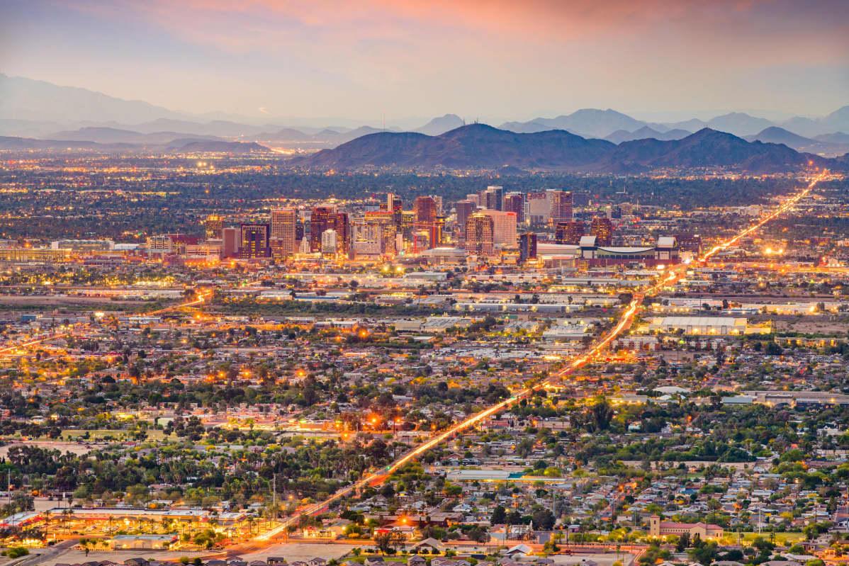 KUvassa on Phoenixin kaupunki Arizonassa.