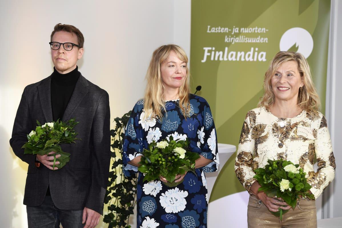 Petri Kumela, Erika Kallasmaa ja Laura Ruohonen