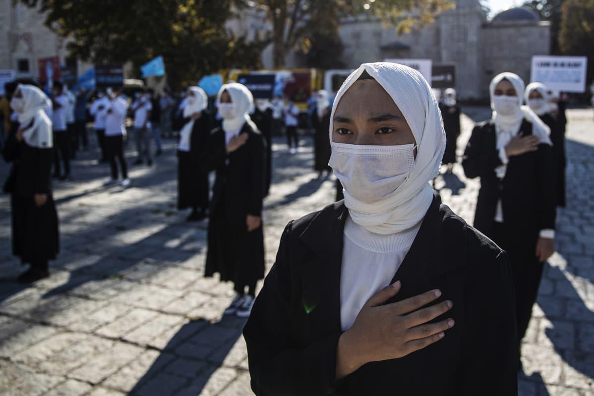 Istanbulissa osoitettiin lokakuun alussa mieltä Kiinan toimia vastaan.
