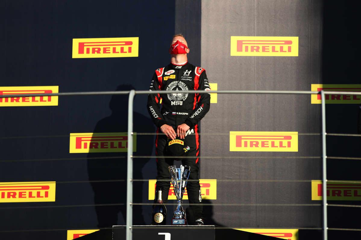 Nikita Mazepin sijoittui F2-sarjassa viidenneksi kaudella 2020. Siirtyminen kuninkuusluokkaan on ollut kuitenkin vaikea.