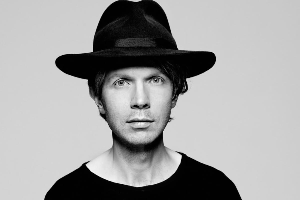 Beck saapuu Helsingin Suvilahteen kesällä.
