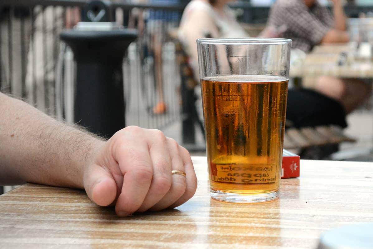 Alkoholiriippuvuus.