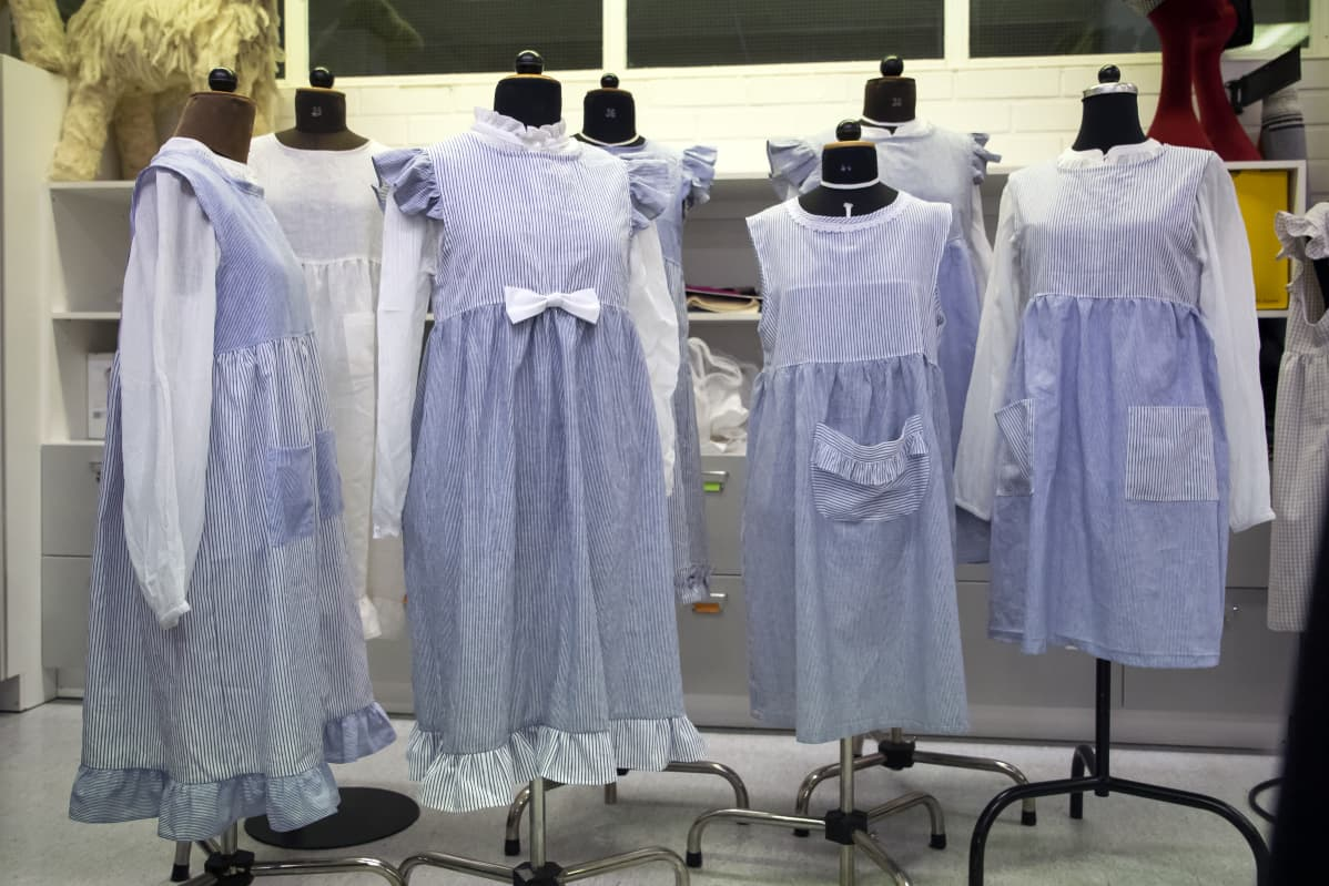 Sedussa valmistettuja pukuja Ilmajoen musiikkijuhlille