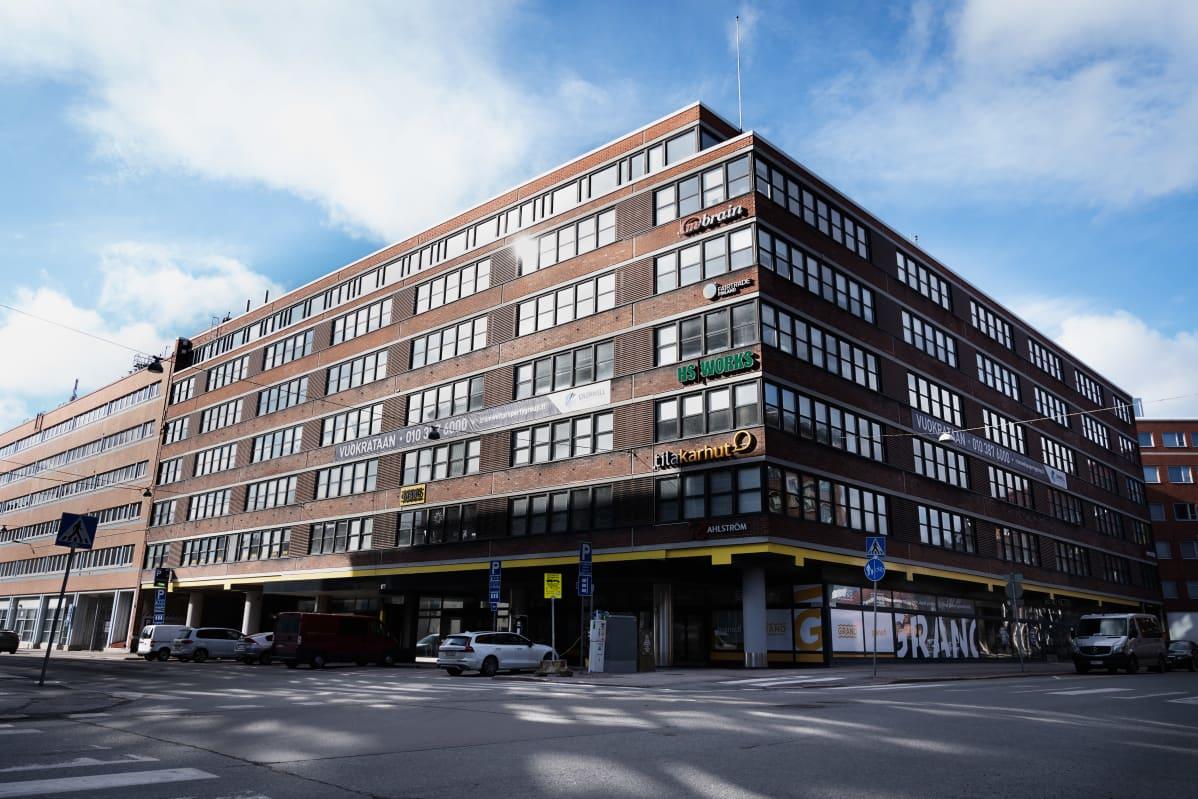 Kuortaneenkatu 1:n yritystalo, jossa mm. City Digital Oy sijaitsee.