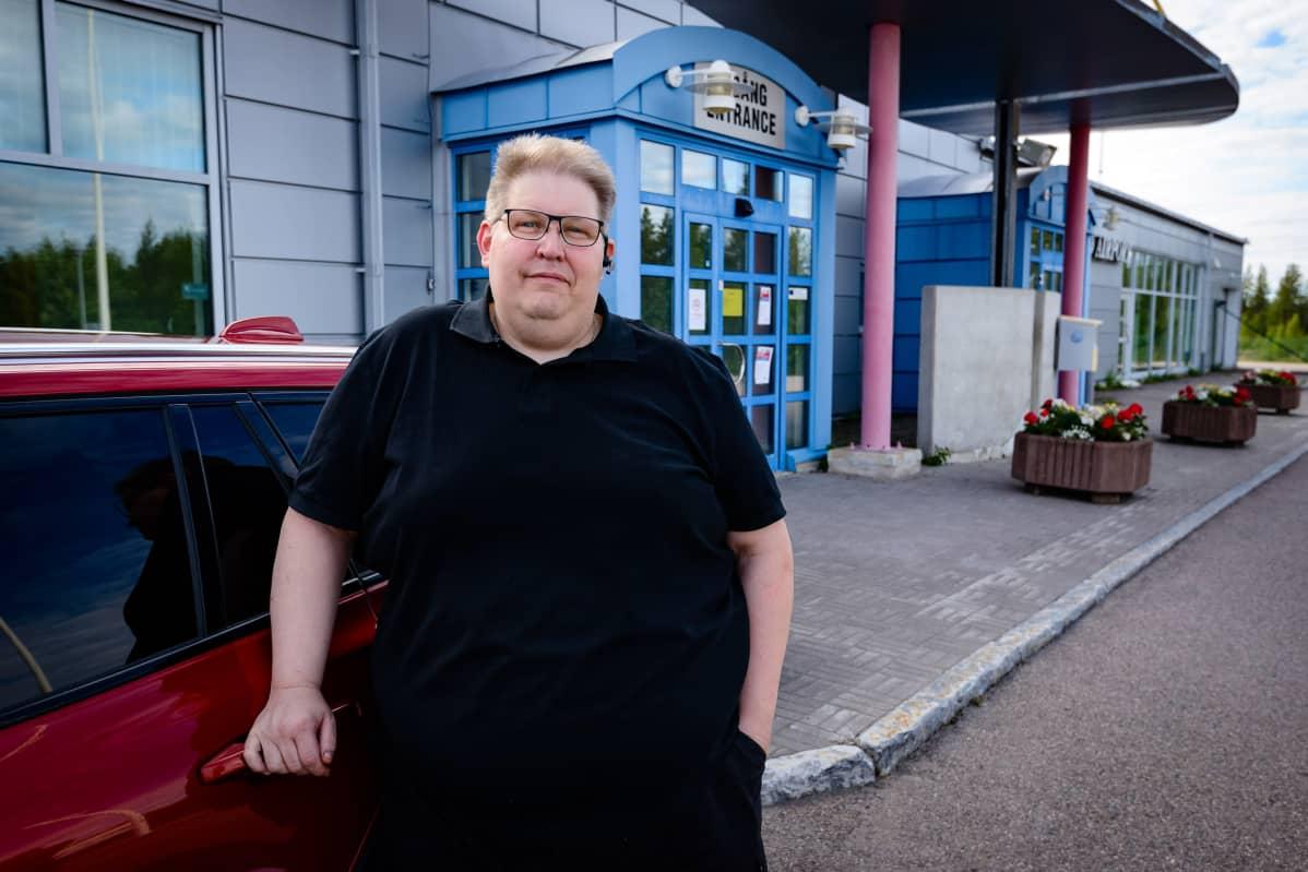 Autokauppias Mikael Calla Jällivaarasta.