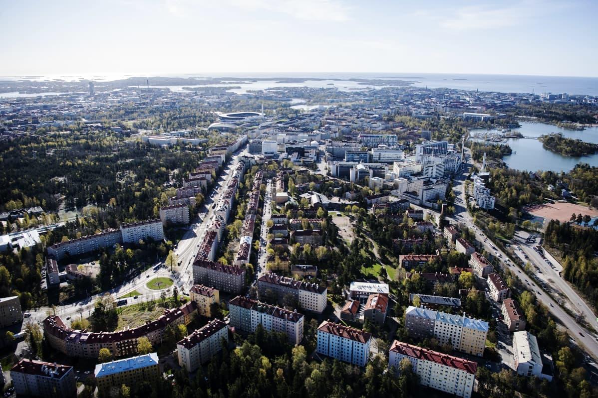 Kuvassa on Meilahti Helsingissä toukokuussa 2020.