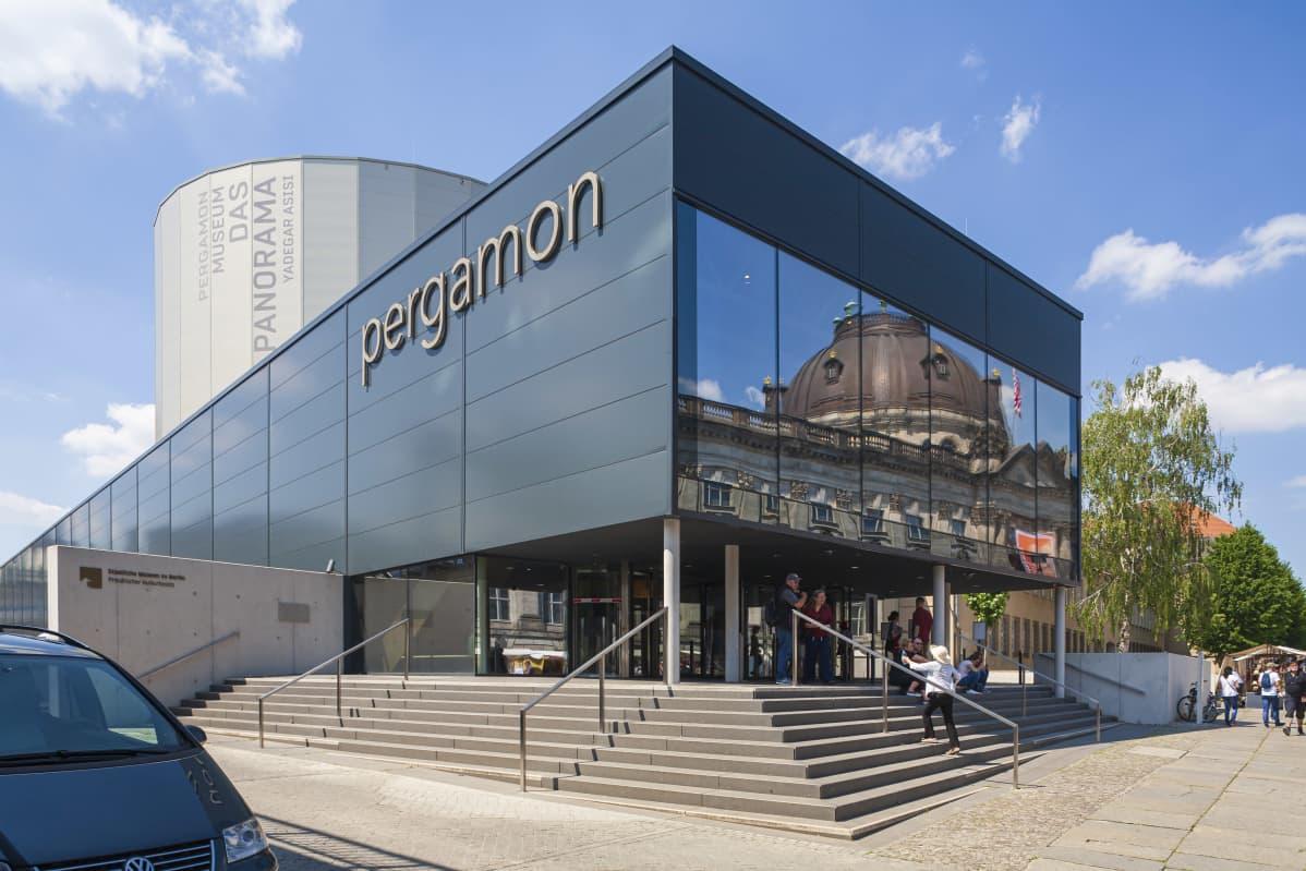 Pergamon-museon uusi sisäänkäynti.