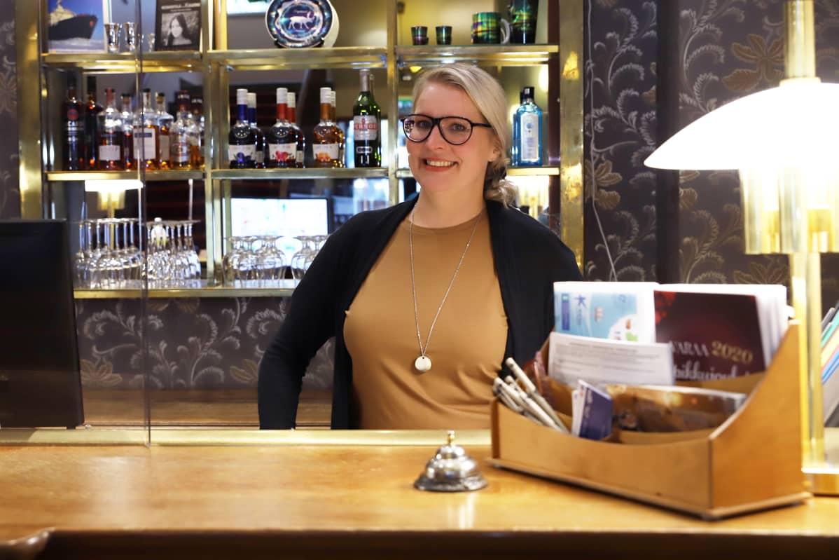 Hotelli Merihovin ravintolatoimenjohtaja Heli Eilettä