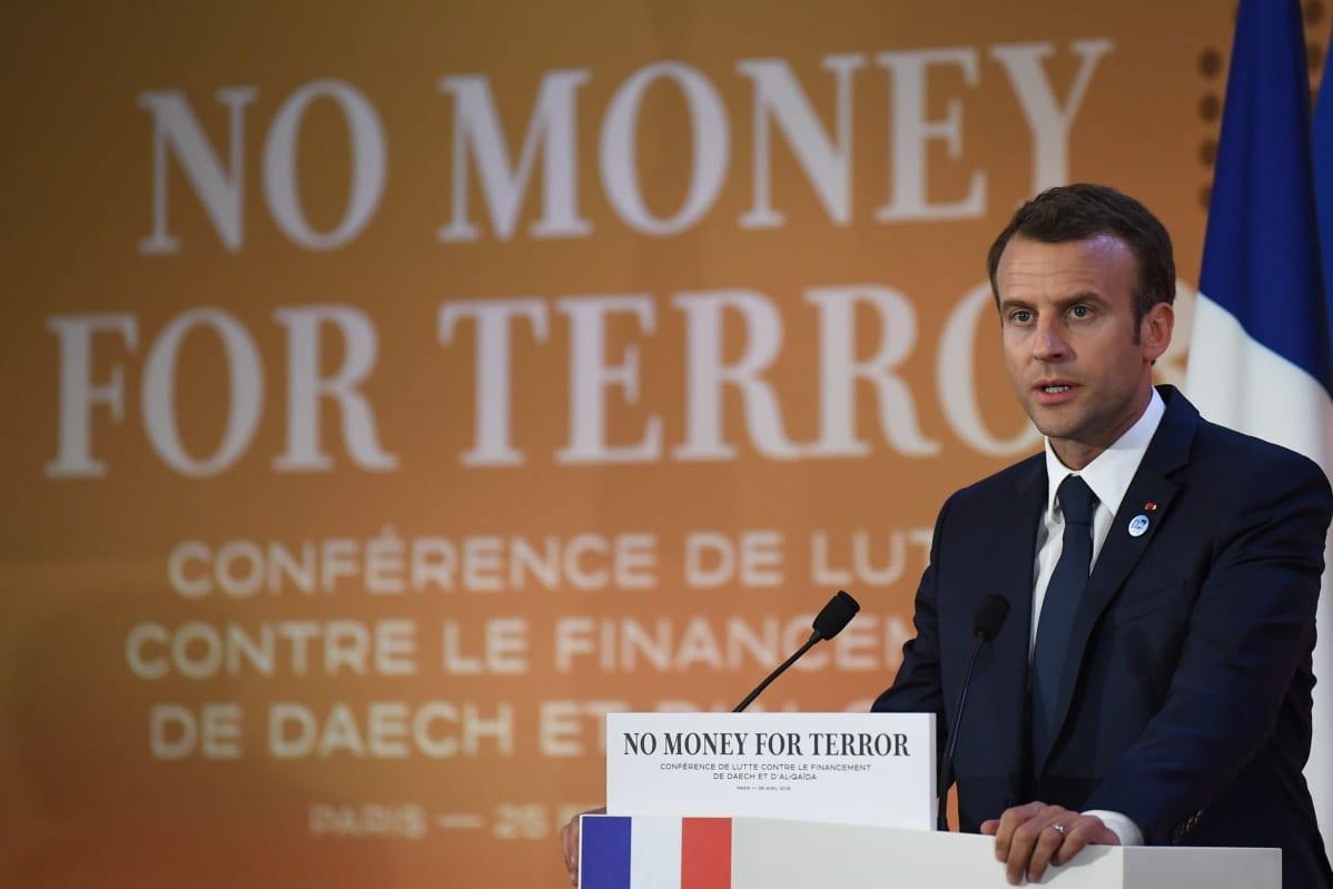 Arkistokuva vuodelta 2018. Ranskan presidentti Emmanuel Macron puhui OECD:n tilaisuudessa, jossa käsiteltiin terrorismin rahoituksen torjuntaa.
