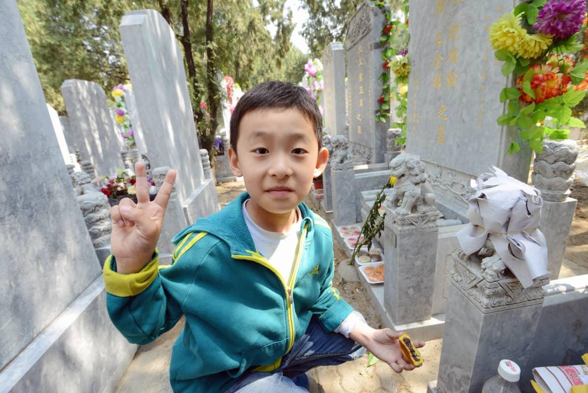 Wangien poika totesi uhrilahjat hyvänmakuisiksi.